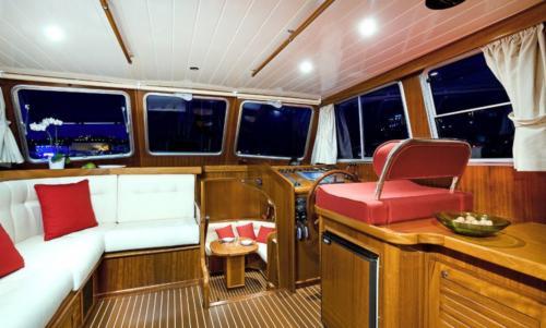 Interno barca a motore Palau