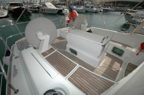 Poppa barca a vela nel porto di Santa Teresa di Gallura